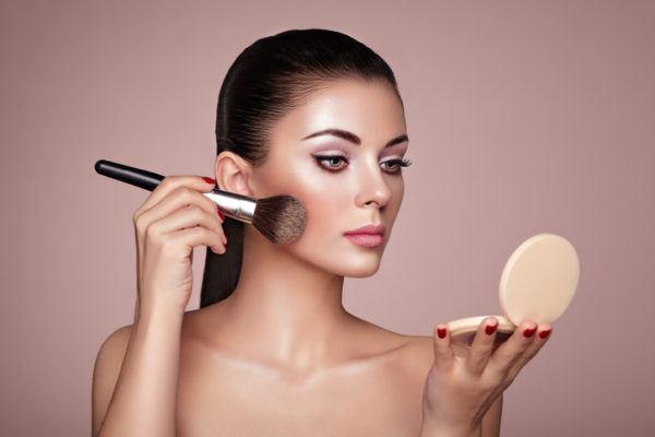 Como hacer que el maquillaje dure todo el dia