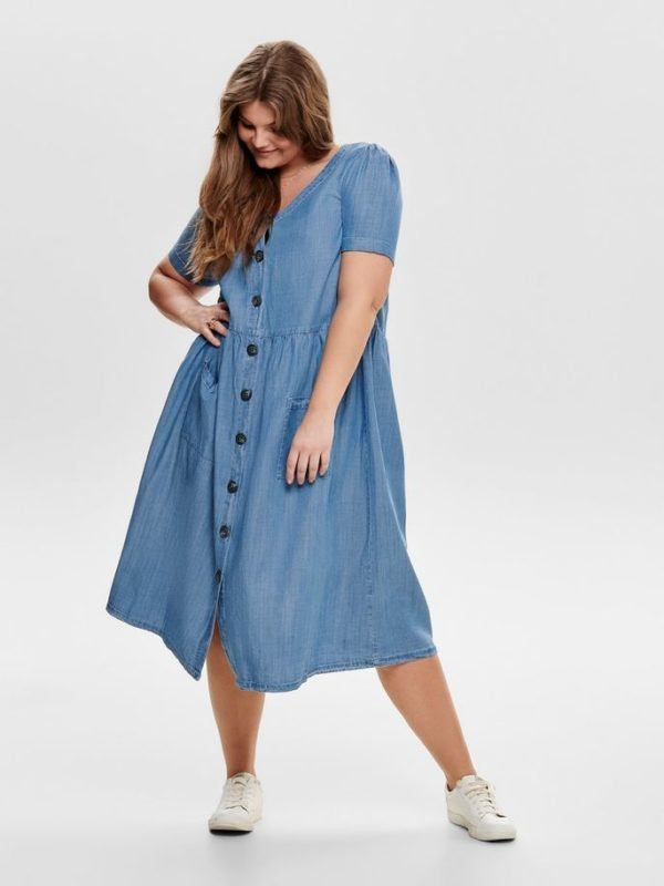 mejores-tiendas-tallas-grandes-vestido-manga-corta-azul-denim-onlycarmakoma