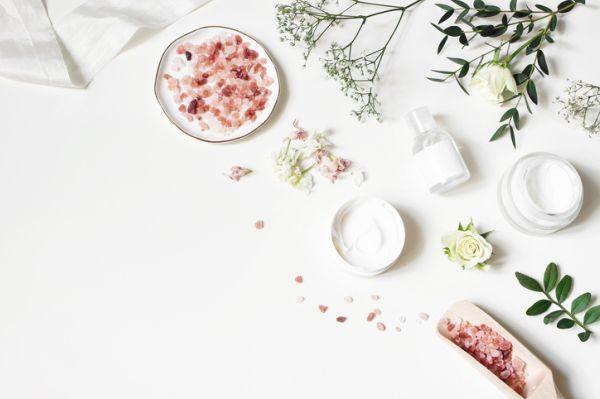 evitar-el-moho-en-la-cosmetica-natural-istock